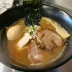 鶏✕豚RAIKらー麺/900円/麺150g
