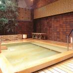 古くから名湯と評判の湯河原温泉。写真は湯の里「杉菜」の露天風呂