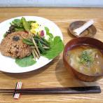 朝ごはん「玄米小豆ごはんセット」500円