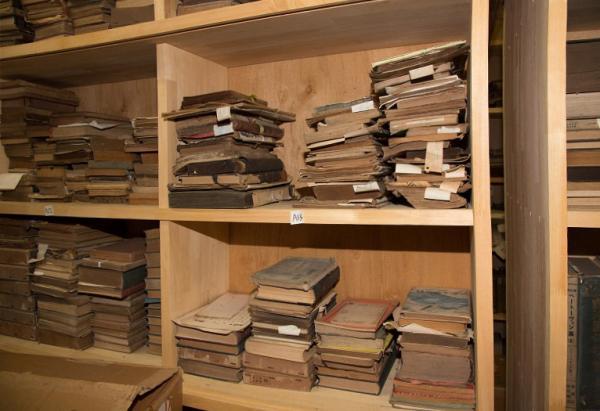江渡家で保管している資料の一部