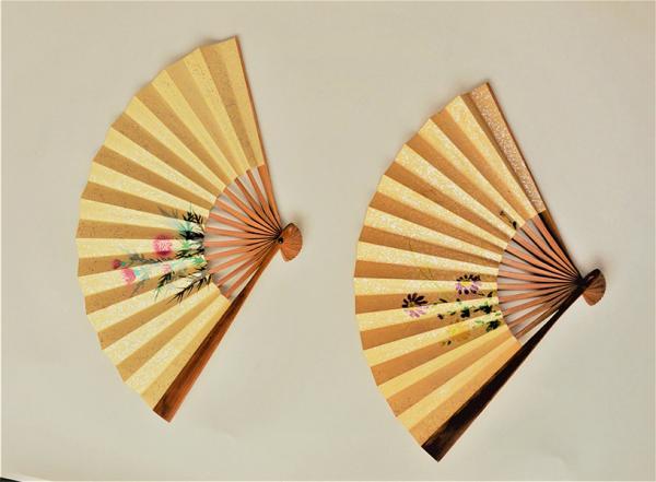 子供のころから収集した扇子は「カヨコレクション」として、今も大事に保管している
