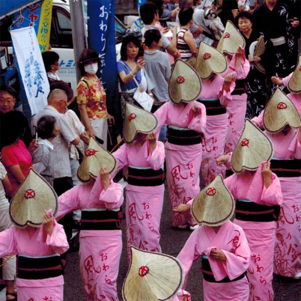 女踊り(写真提供:西荻おわら風の舞実行委員会)