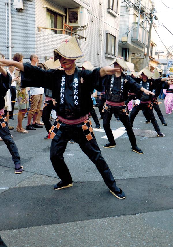 男踊り(写真提供:西荻おわら風の舞実行委員会)